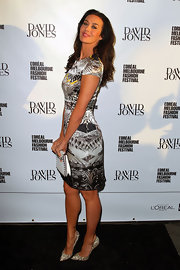Megan Gale attended the L'Oreal Melbourne Fashion Festival wearing a super-stylish print dress.
