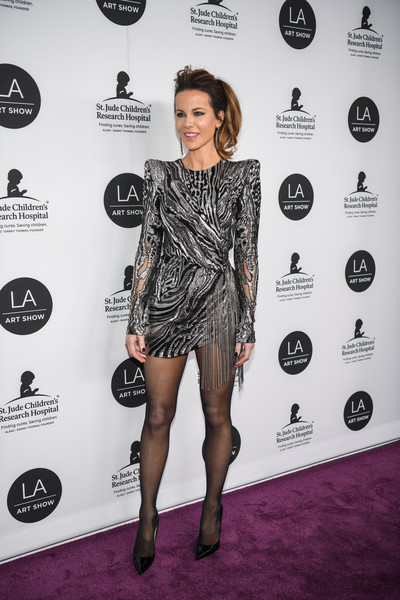 Kate Beckinsale channeled the '80s in a pointy-shouldered metallic mini dress by Julien Macdonald at the opening of the 2019 LA Art Show.