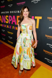 Kathryn Hahn was eye candy in this colorful strapless print dress at the LA premiere of 'Transparent: Musicale Finale.'