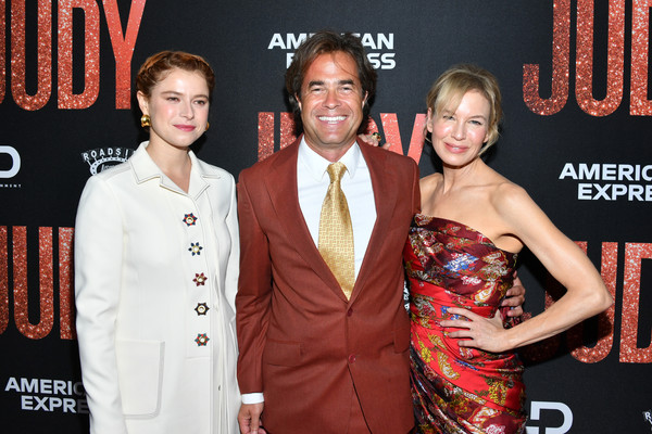 More Pics of Renee Zellweger Strapless Dress (1 of 10) - Dresses & Skirts Lookbook - StyleBistro [premiere,event,carpet,red carpet,award,arrivals,judy,renee zellweger,rupert goold,jessie buckley,la premiere of roadside attraction,beverly hills,california,samuel goldwyn theater]