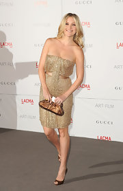 Kate Hudson was a doll in a strapless gold gown at the LACMA Art and Film Gala.