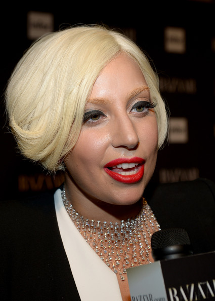 Short Exclusive hairstyle of lady gaga pictures