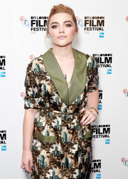 Florence Pugh opted for a solid gray mani when she attended the 'Lady Macbeth' photocall during the 2016 BFI London Film Festival.