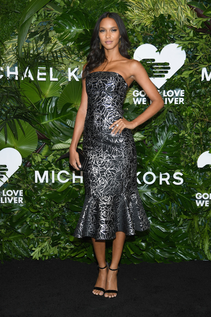 Lais Ribeiro Strapless Dress Lais Ribeiro Looks