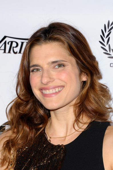Lake Bell Long Wavy Cut