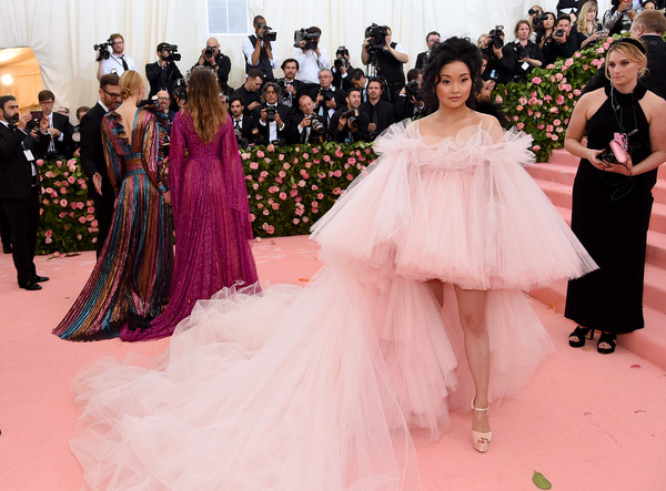 Lana Condor Off-the-Shoulder Dress [gown,dress,fashion,haute couture,pink,clothing,shoulder,red carpet,fashion model,quincea\u00f1era,fashion - arrivals,lana condor,notes,fashion,new york city,metropolitan museum of art,met gala celebrating camp]