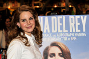 Lana Del Rey to Attend Met Gala with Designer Joseph Altuzarra