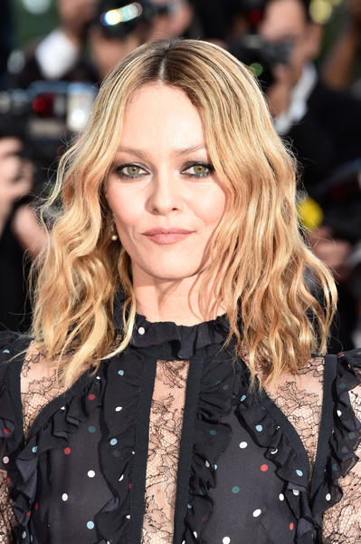 Vanessa Paradis wore her hair with a center-part and beach-chic waves at the Cannes premiere of 'From the Land of the Moon.'