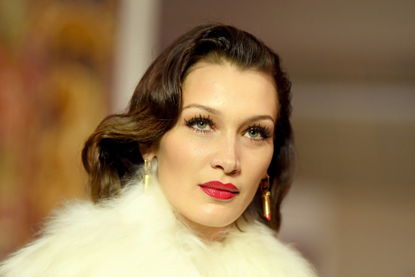 Bella Hadid rocked retro-glam waves at the Lanvin runway show.