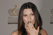 Laura Pausini Dark Nail Polish