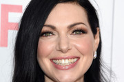 Laura Prepon Medium Wavy Cut
