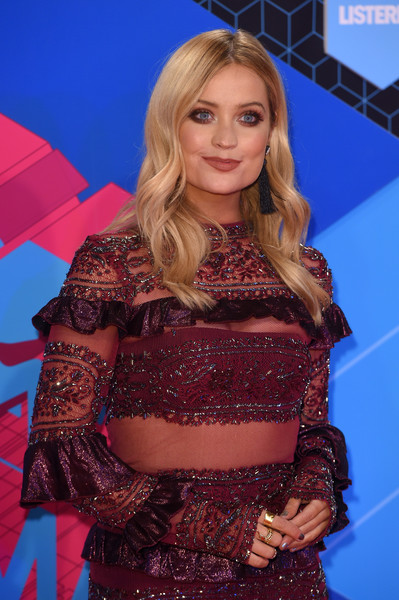 Laura Whitmore Gold Ring [clothing,carpet,abdomen,trunk,flooring,long hair,red carpet,performance,premiere,electric blue,red carpet arrivals,laura whitmore,mtv europe music awards,rotterdam,netherlands,mtv ema]