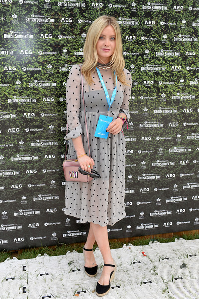 Laura Whitmore Embroidered Dress [clothing,pattern,street fashion,dress,fashion,footwear,turquoise,outerwear,shoe,tom petty and the heartbreakers,laura whitmore,british summer time,england,london,hyde park,barclaycard,barclaycard exclusive british summer time festival]
