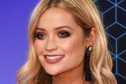 Laura Whitmore Smoky Eyes