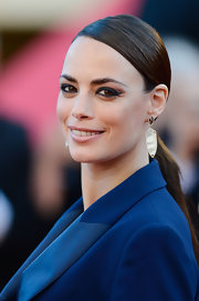 Nothing says sleek and sophisticated like a long ponytail. Just ask Berenice Bejo, who wore the 'do to the Cannes Film Festival.