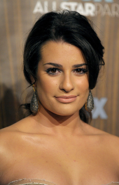 Lea Michele Dangling Gemstone Earrings [hair,face,eyebrow,hairstyle,chin,shoulder,black hair,lip,skin,beauty,fox winter 2010 all-star party - arrivals,lea michele,pasadena,california,villa sorisso,fox winter 2010 all-star party]
