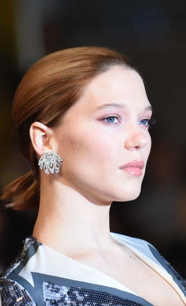 Lea Seydoux Dangling Diamond Earrings [the end of the world,juste la fin du monde,film,hair,ear,face,hairstyle,eyebrow,chin,beauty,fashion,cheek,neck,lea seydoux,anne-christine poujoulat,french,cannes,red carpet arrivals,cannes film festival,screening]
