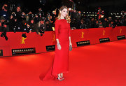 Lea Seydoux looked gorgeous at the Berlin Film Festival in this crisp red gown.