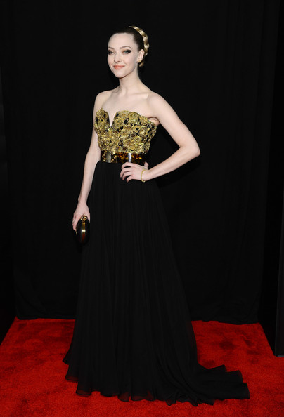 Amanda Seyfried's Black and Gold Alexander McQueen Gown