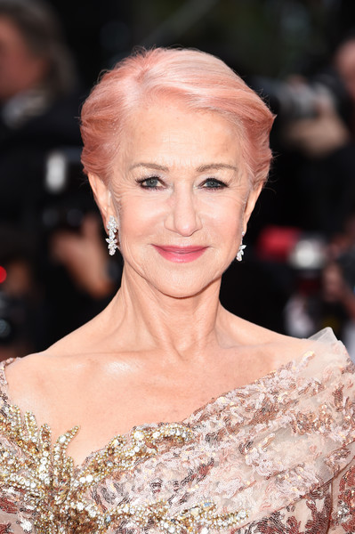 Helen Mirren rocked a pink-dyed 'do at the 2019 Cannes Film Festival screening of 'Les Plus Belles Années d'une vie.'