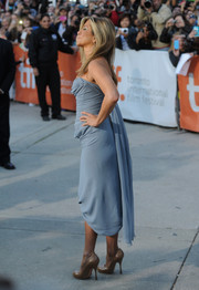 Jennifer Aniston struck a pose in her Vivienne Westwood pumps and strapless dress ensemble at the TIFF premiere of 'Life of Crime.'