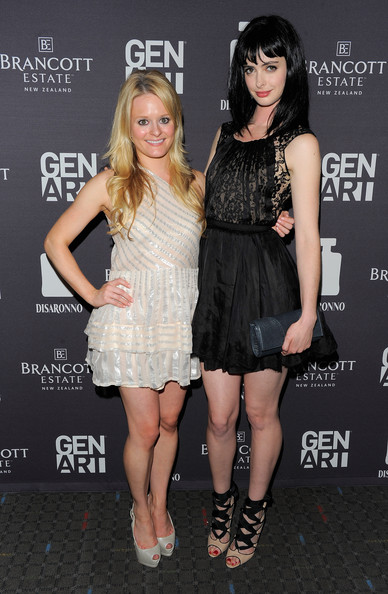 More Pics of Krysten Ritter Little Black Dress (33 of 33) - Krysten Ritter Lookbook - StyleBistro