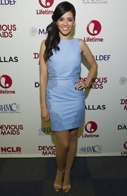 Edy Ganem chose a powder blue sleeveless dress with lace detailing on the sides for her look at the 'Devious Maids' screening.