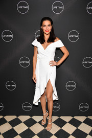 Adriana Lima was white-hot in a high-slit off-the-shoulder dress by Alice + Olivia at the premiere of 'American Beauty Star.'