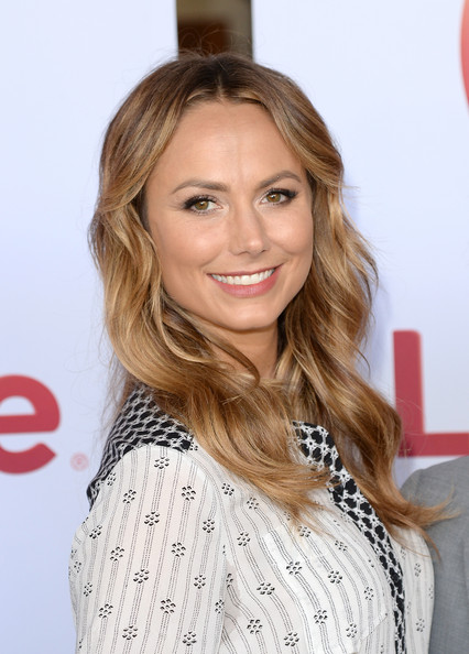 More Pics of Stacy Keibler Long Wavy Cut (1 of 49) - Long Wavy Cut Lookbook - StyleBistro