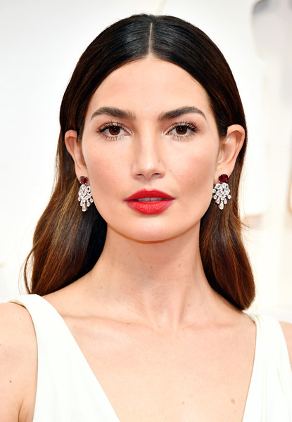 Lily Aldridge Long Center Part [hair,face,lip,eyebrow,hairstyle,skin,chin,beauty,cheek,ear,arrivals,lily aldridge,red carpet,celebrity,hair,face,hollywood,highland,academy of motion picture arts and sciences,92nd annual academy awards,ren\u00e9e zellweger,hollywood highland,academy awards,dolby theatre,red carpet,celebrity,academy of motion picture arts and sciences,academy award for best writing adapted screenplay,academy award for best makeup and hairstyling]