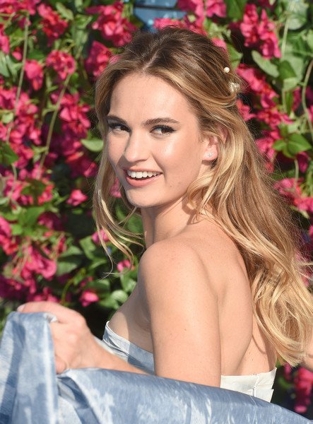 Lily James Long Wavy Cut [mamma mia,here we go again,mamma mia,film,hair,blond,hairstyle,lady,beauty,long hair,lip,smile,pink,skin,lily james,actor,here we go again world premiere,hair,eventim apollo,world premiere,lily james,mamma mia here we go again,mamma mia,mamma mia,donna sheridan,eventim apollo,film,actor]