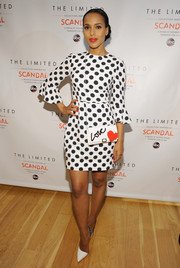 Kerry Washington amped up the cute factor with a Roger Vivier heart-print shoulder bag.