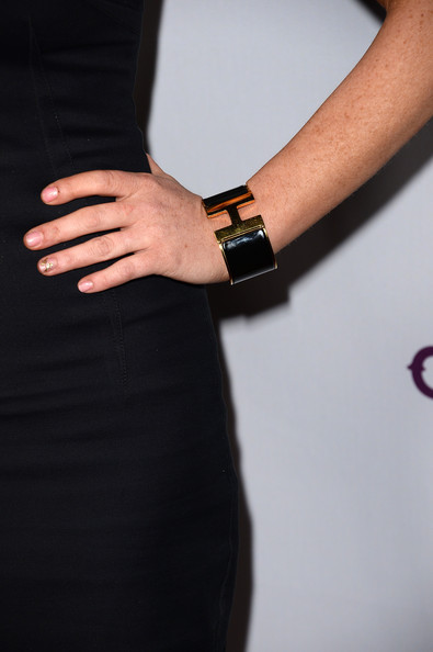 Lindsay Lohan Cuff Bracelet [scary movie 5,black,dress,arm,hand,waist,wrist,little black dress,finger,nail,bracelet,arrivals,lindsay lohan,detail,arclight cinemas cinerama dome,california,hollywood,dimension films,premiere,premiere]