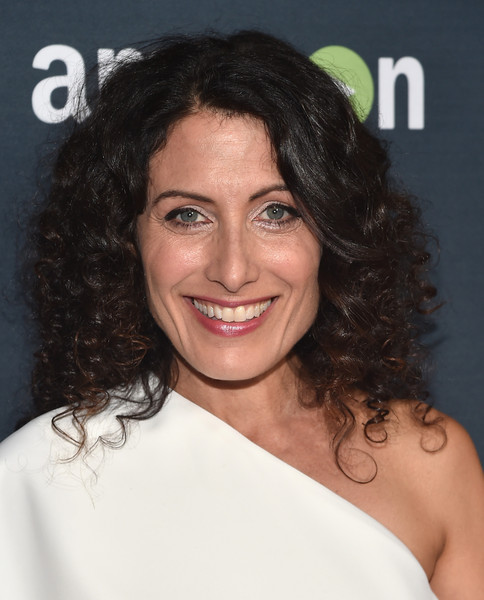 Lisa Edelstein Medium Curls [red carpet,hair,face,hairstyle,eyebrow,chin,skin,shoulder,smile,beauty,forehead,lisa edelstein,silverscreen theater,west hollywood,california,pacific design center,premiere of amazon,premiere,season]