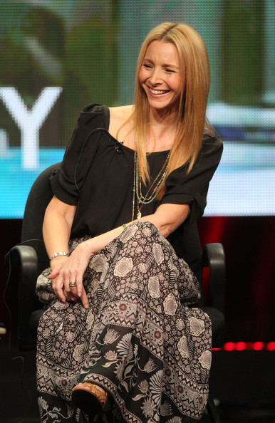 Lisa Kudrow Loose Blouse [blond,hairstyle,fashion,long hair,sitting,shoulder,performance,leg,dress,event,lisa kudrow,creator,portion,beverly hills,california,beverly hilton hotel,showtime,summer tca,web therapy panel,summer tca tour]
