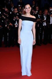 Marion Cotillard was all about understated elegance in a pastel blue and black off-the-shoulder gown by Christian Dior Couture at the Cannes premiere of 'The Little Prince.'