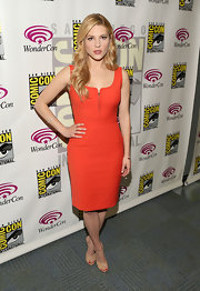 Katheryn Winnick looked sexy and sleek when she sported this tangerine dress with a zippered bust.