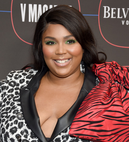 Lizzo Long Side Part [hair,hairstyle,beauty,black hair,long hair,magazine,eyelash,lace wig,brown hair,premiere,arrivals,lizzo,los angeles,nomad hotel,california,warner music group hosts pre-grammy celebration,warner music group pre-grammy celebration]