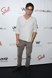 Gale Harold hit the style bulls-eye in these skinny greys.