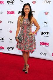 La La Anthony looked fabulous on the NewNowNext Awards red carpet in an intricate print dress.