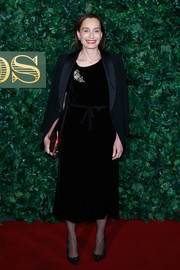 Kristin Scott Thomas donned a little black velvet dress for the London Evening Standard Theatre Awards.