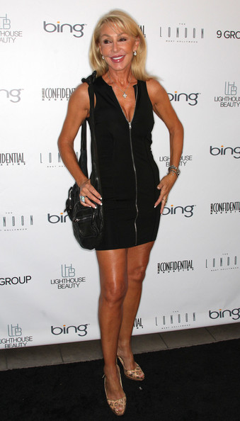 Linda Thompson went for a sporty vibe with a zip-down LBD at the Los Angeles Confidential Magazine event.