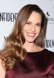 Hilary Swank looked like an Old Hollywood star with her glamorous waves at the Los Angeles Confidential Women of Influence issue celebration.