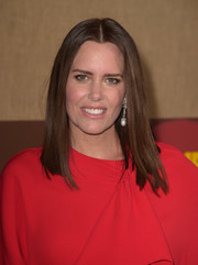 Iona Skye sported sleek straight tresses at the premiere of 'Camping.'