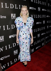 Carey Mulligan gave us vintage vibes with this puff-sleeved floral dress by Attico at the LA premiere of 'Wildlife.'