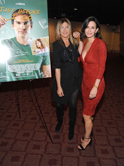 Jennifer Aniston sported a black-on-black coat and dress combo at the LA special screening of 'Just Before I Go.'