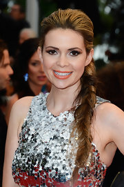 Carly Steel's long fishtail braid gave the star a a totally structured messy 'do.