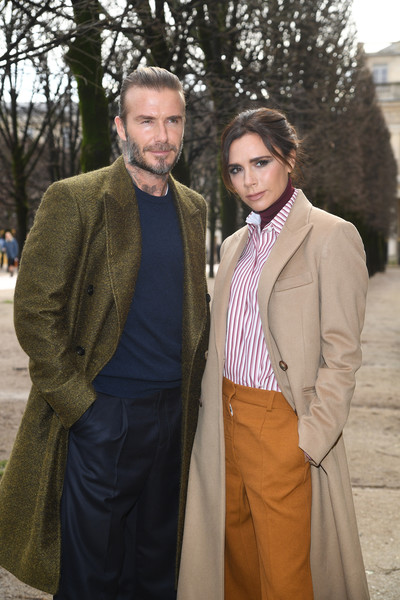 More Pics of Victoria Beckham Wide Leg Pants (7 of 18) - Victoria Beckham Lookbook - StyleBistro