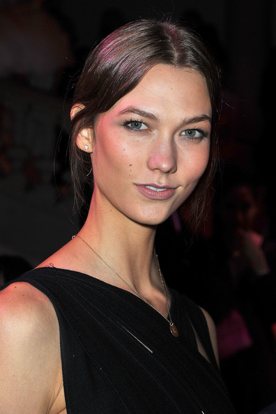 Karlie+Kloss in 'Louis Vuitton - Marc Jacobs: The Exhibition' - Paris Fashion Week Fall/Winter 2012