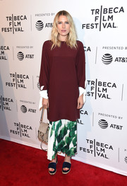 Dree Hemingway kept her feet comfy in a pair of blue flatform sandals.
